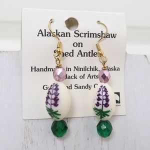 Alaskan Scrimshaw on Shed Antler Earrings NWT